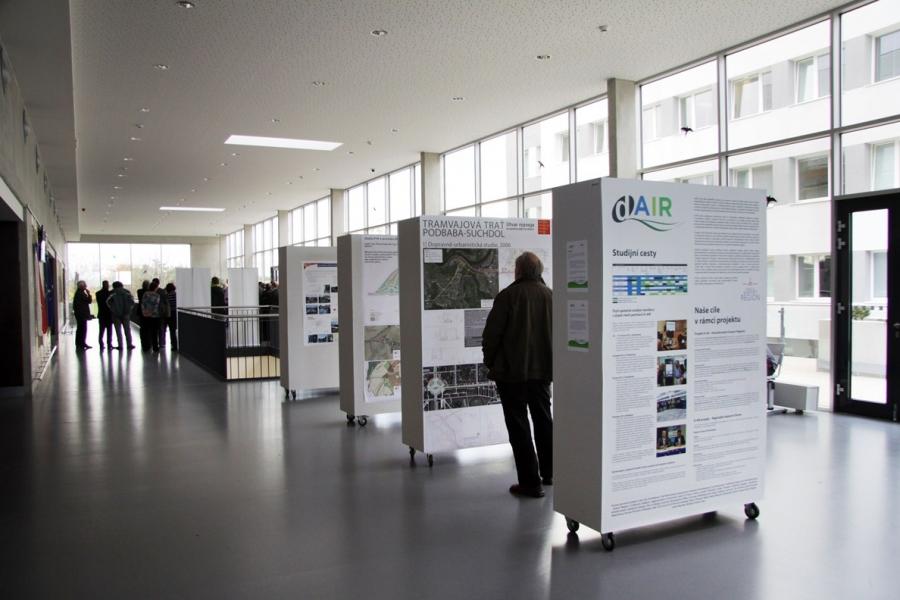 D Xl Exhibition : Exhibition of european interreg ivc projects d air epta involve